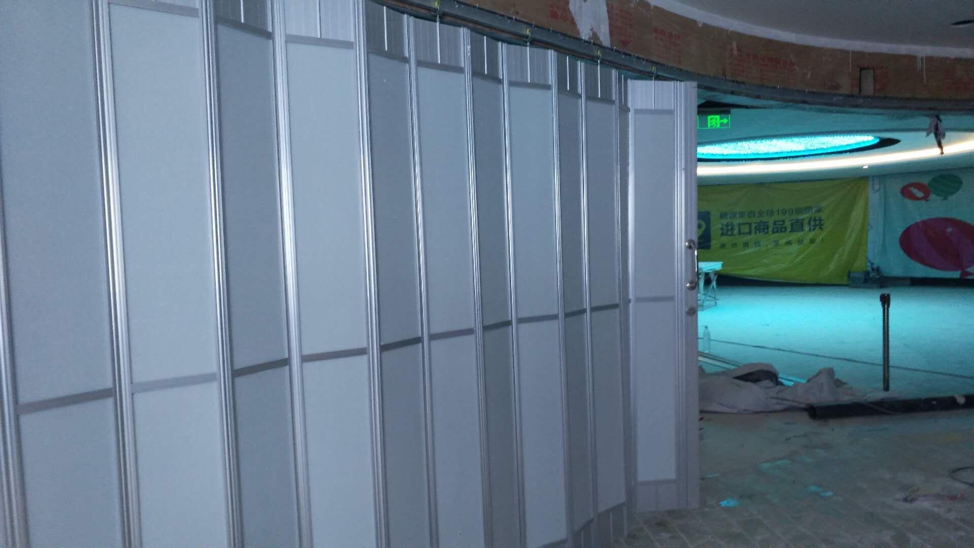 水晶折叠门2